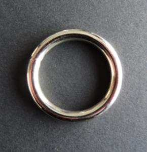 Ring 39 mm binnenmaat 30 mm nikkel verchroomd
