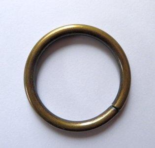 Ring bronskleurig  50 mm buitenmaat voor 4 cm breed band