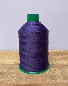 Industrie naaigaren paars dikte 40