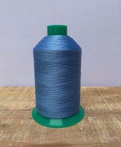 Industrie naaigaren lichtblauw dikte 40